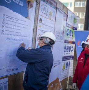 Firma_Protocolo_Sanitario_Punta_Arenas_19_05_2020_(23).jpg