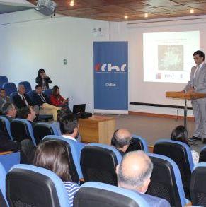 Franz_Iraira,_Entrega_Estudio_Urbano_a_Intendente.jpg