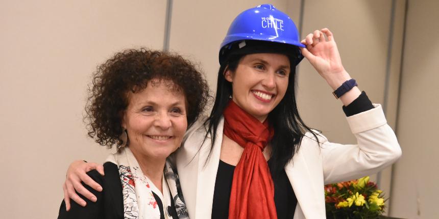 Grupo de Mujeres CChC se convierte en Comisión y asume nueva presidenta noticias