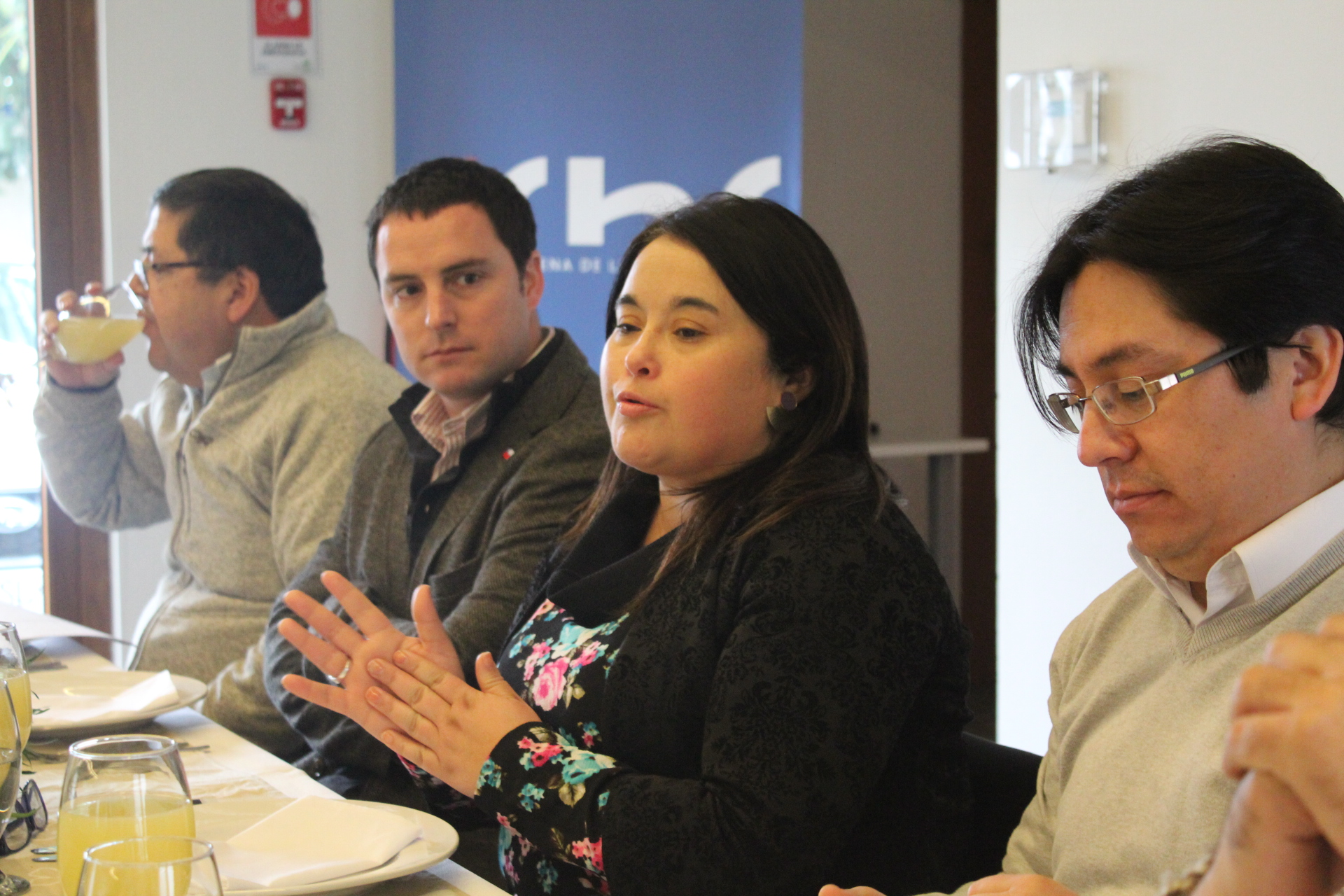 Delegado ministerial de OO.PP se reunió con socios de la CChC Chillán noticias