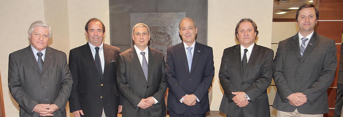 Delegación peruana de la construcción visitó CChC noticias