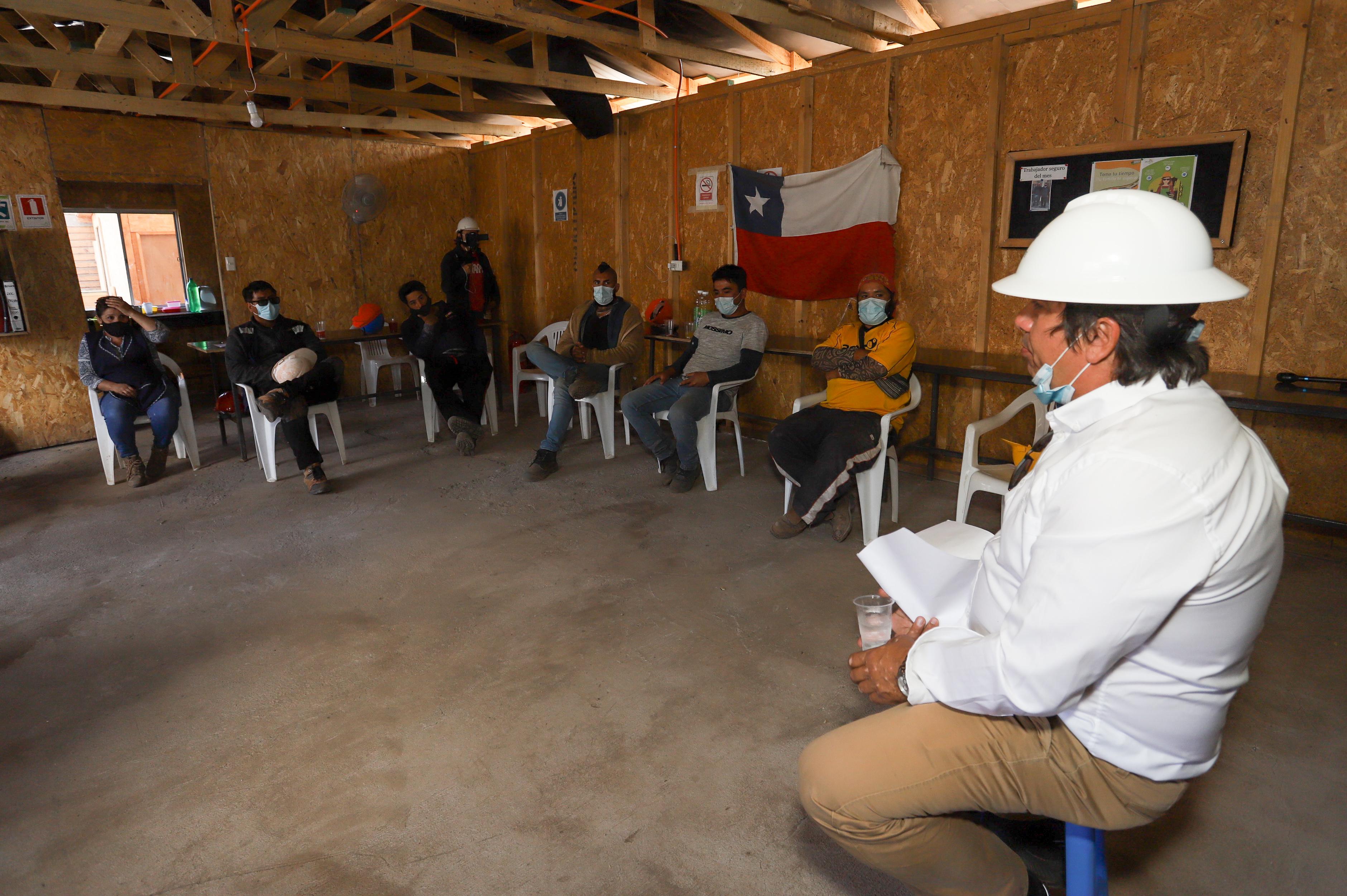 Presidente CChC Rancagua junto a trabajadores realizan reflexión del año 2020  noticias