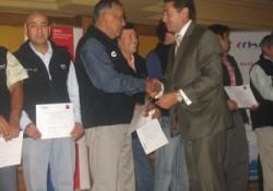 220 trabajadores ligados a la construcción en Temuco certifican sus competencias laborales noticias