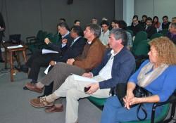 Socios participan en charla sobre proceso de inversión pública FNDR 2012 noticias
