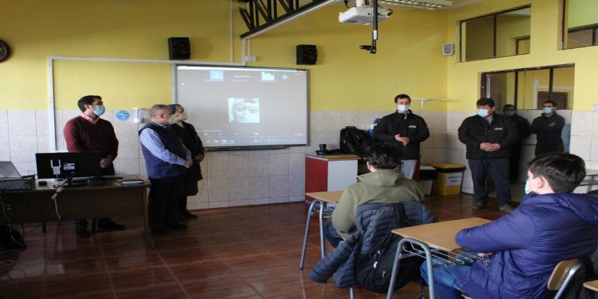 Cámara Chilena de la Construcción habilitó quince salas híbridas en Escuela La Milagrosa noticias