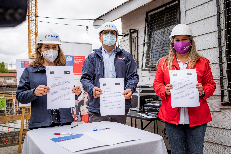 CChC Chillán y Seremi de la Mujer de Ñuble firman convenio de inserción laboral femenina en la construcción noticias