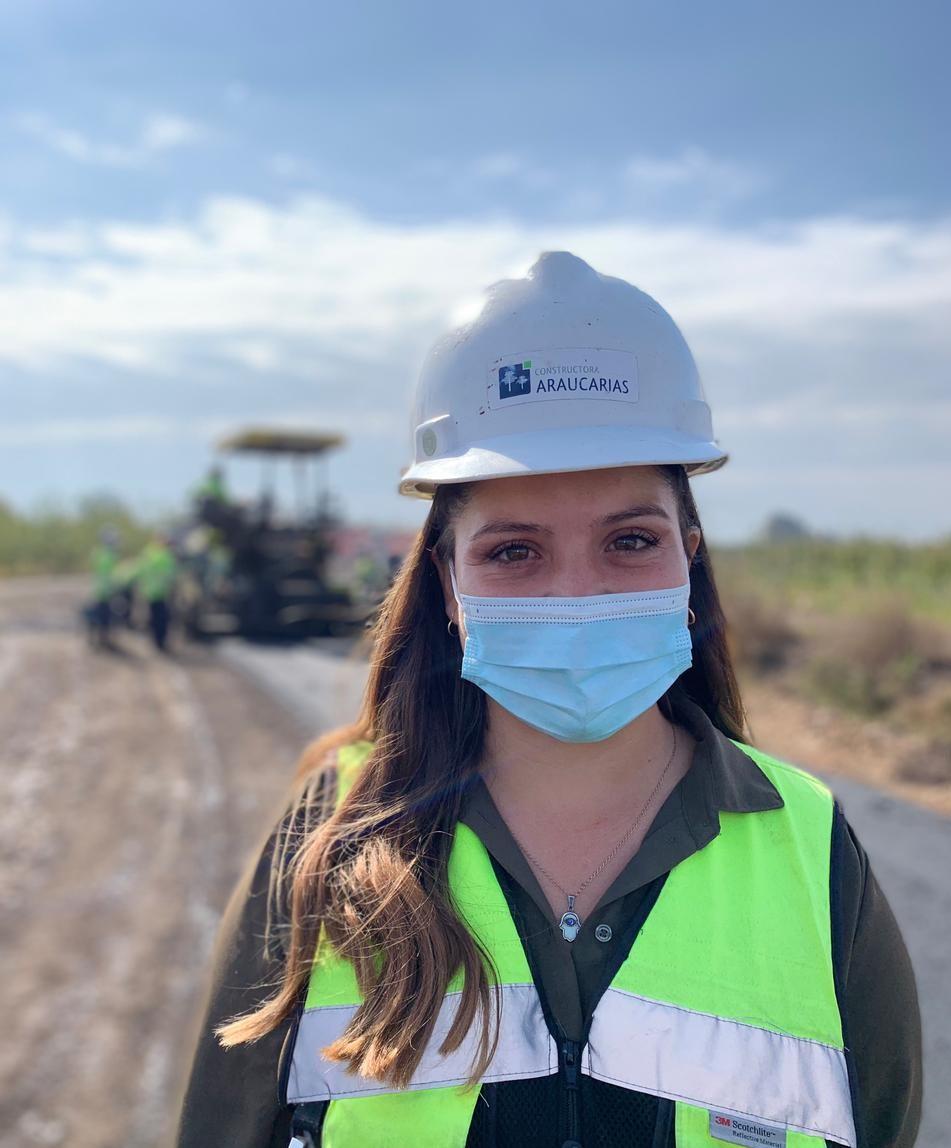 MUJERES SE ABREN PASO EN LA CONSTRUCCIÓN noticias