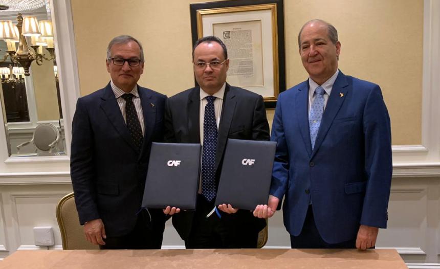 CAF y FIIC firman memorándum de entendimiento para impulsar proyectos de construcción en A. Latina noticias
