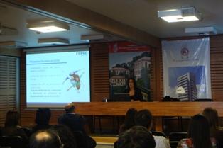 """Gerente CChC Social, Patricia Aranda, presentó """"Proyectos Sociales 2012"""" a encargados de personal de empresas socias noticias"""