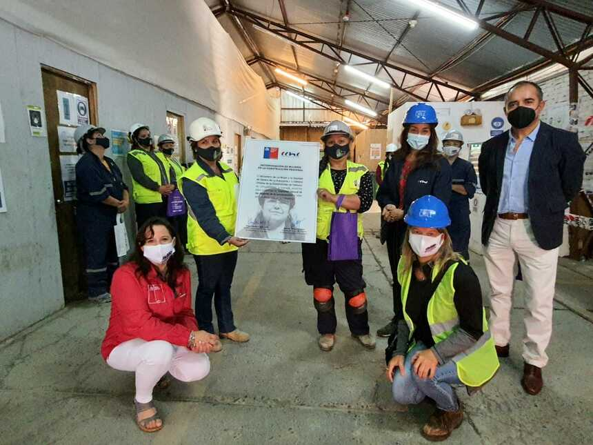 Firman compromiso que favorecerá la inserción laboral de las mujeres en la construcción noticias