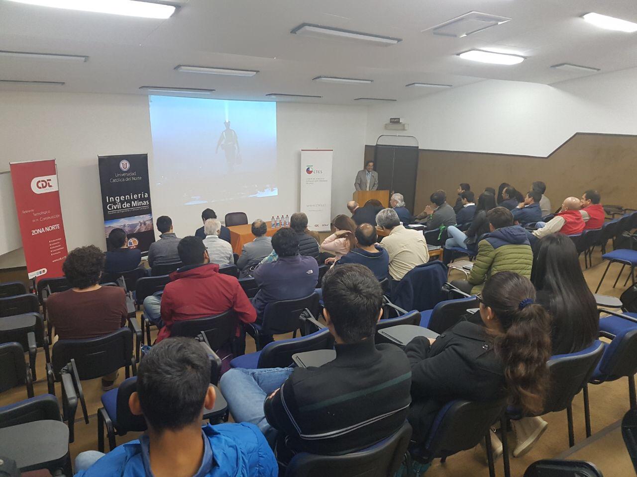 CChC Antofagasta desarrolla con éxito Seminario de Túneles en la UCN noticias