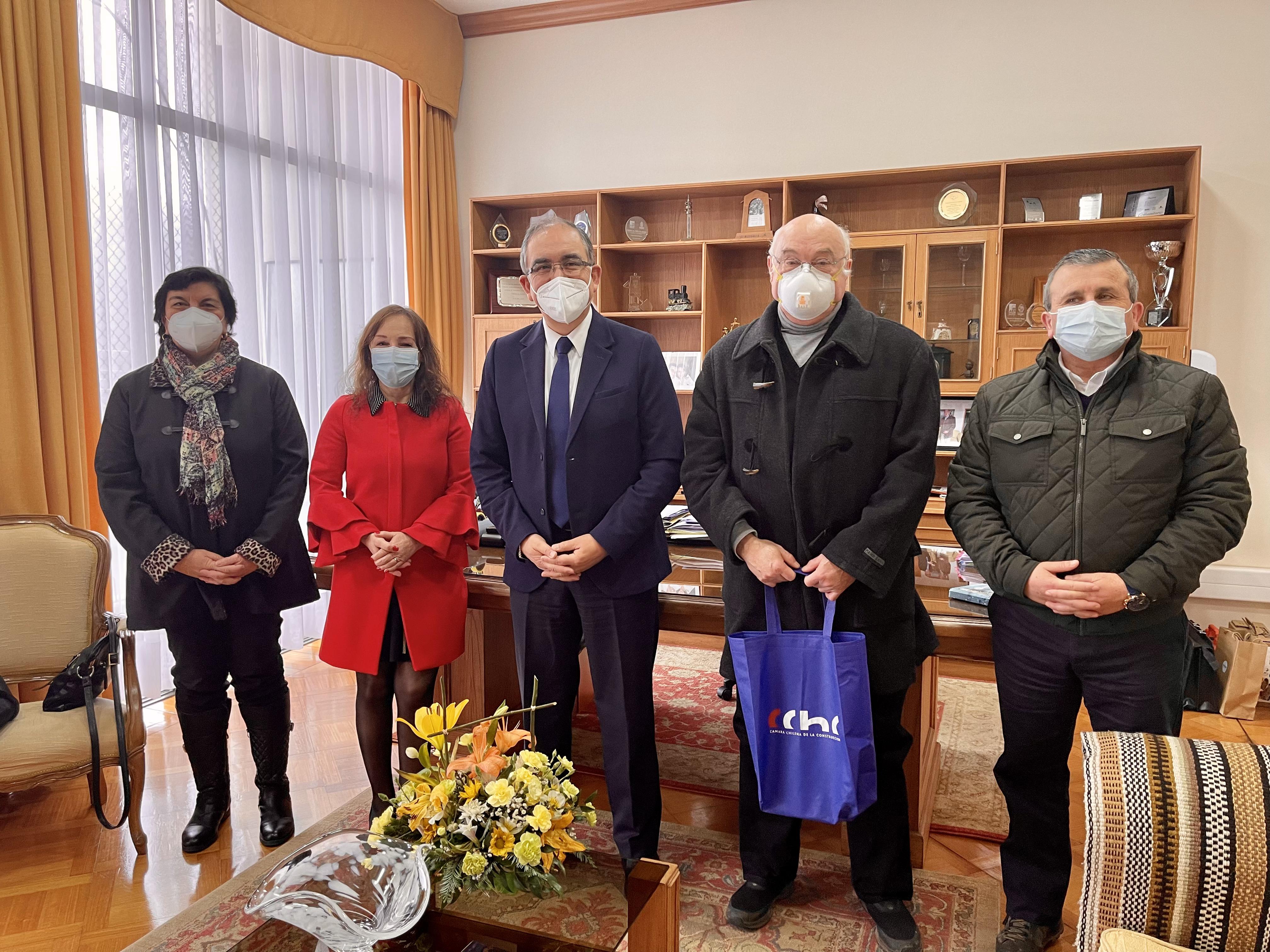 Directivos de la CChC Osorno se comprometen a trabajar por la ciudad con alcalde Emeterio Carrillo noticias
