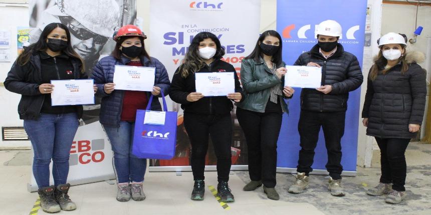"""CChC Punta Arenas lanza en terreno Campaña """"En la construcción SÍ hay mujeres y queremos MÁS"""" noticias"""