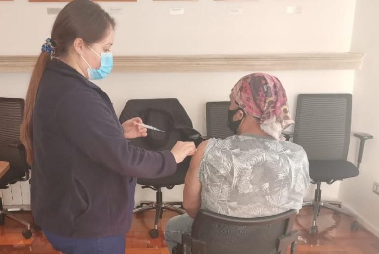 Trabajadores de empresas socias en Chillán se vacunaron contra el Covid-19 noticias