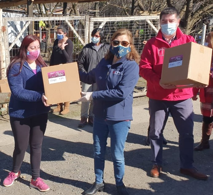 CChC Chillán junto a Minvu Ñuble realizaron entrega de cajas de alimentos noticias