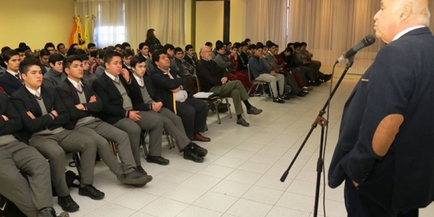 Más De 200 Estudiantes Secundarios Participan De Charlas