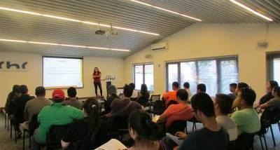 Chillán: Charla orienta a trabajadores en subsidios habitacionales