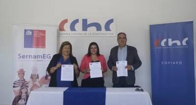 Firma_convenio_Mujer_CChC_4.jpg