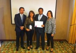 Empresa Cortés y Vargas recibe Premio Pyme noticias