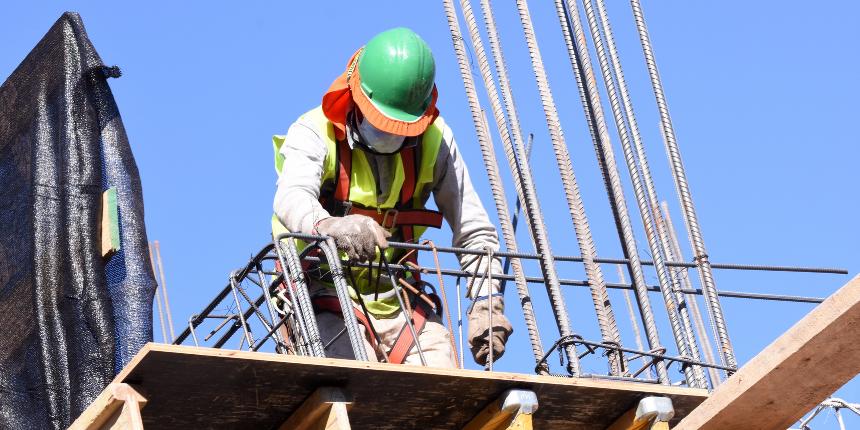 CChC: Inversión en construcción cayó 12% anual en 2020 y crecería en torno a 8% anual en 2021 noticias