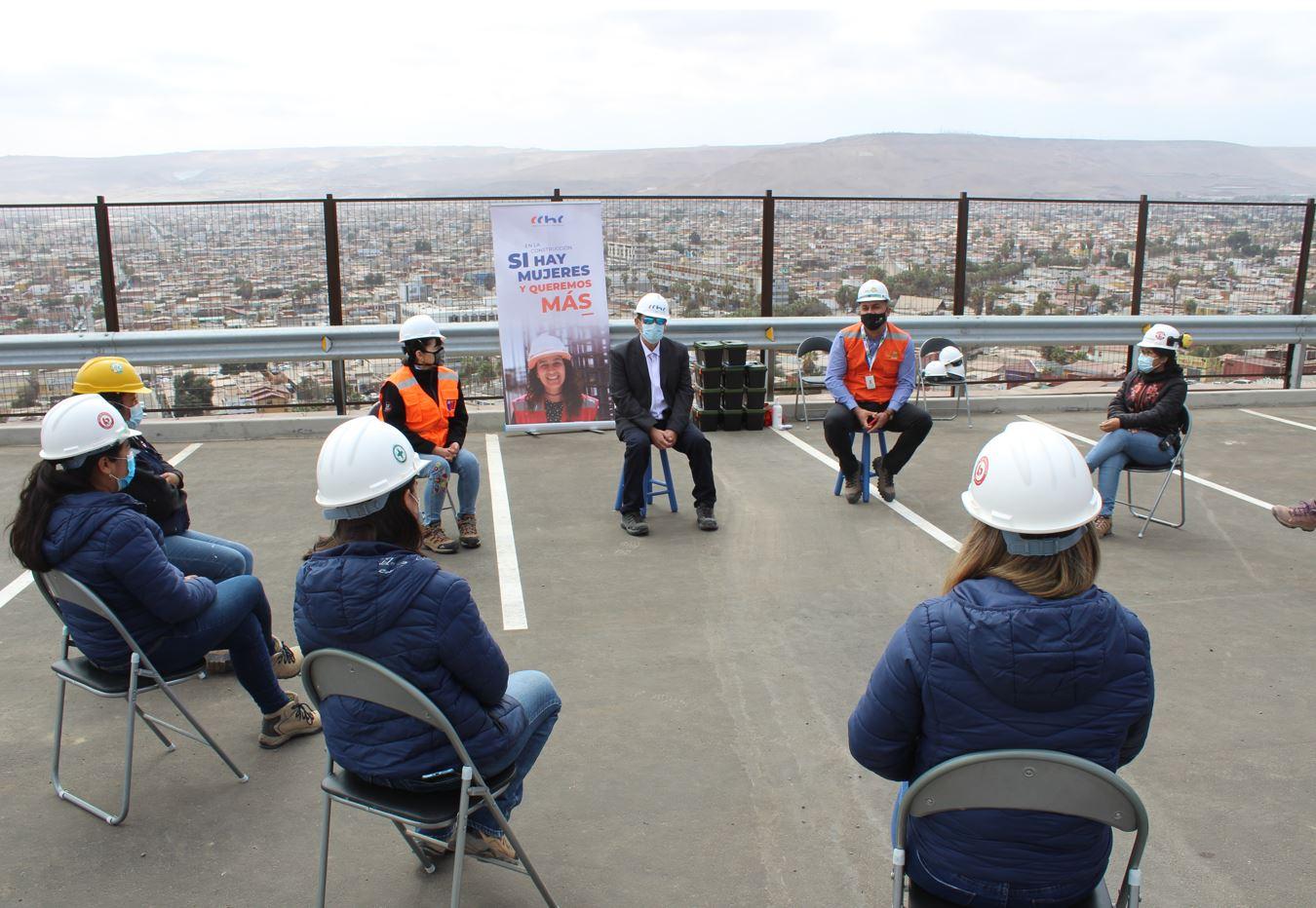 """CChC destaca el rol de las trabajadoras y lanza Campaña """"En la construcción, sí hay mujeres y queremos más"""" noticias"""