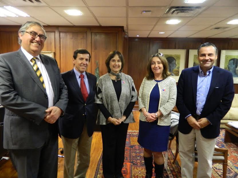 Ministra de Salud expuso avances en materia de <mark>infraestructura</mark> hospitalaria noticias