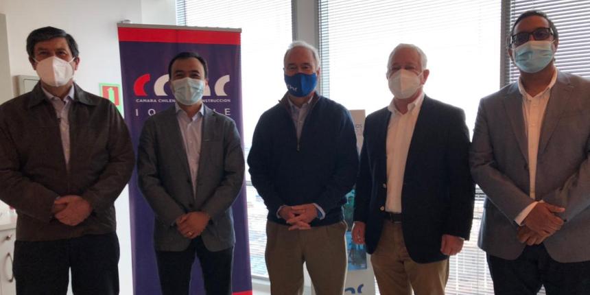 Presidente CChC visita Iquique y Alto Hospicio para reafirmar compromiso del sector con las regiones noticias